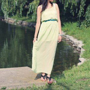 Forever 21 Lime Maxi Dress Size Small
